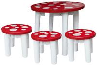 qtoys mushroom table and 3 stools