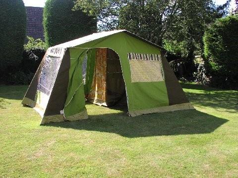 green-frame-tent-3.jpg