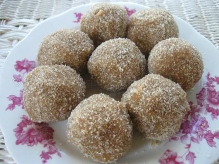 tamarind-balls-31160-zoom.jpg
