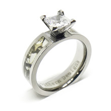 Titamiun Snow White Camouflage Wedding Engagement Ring With CZ Stone