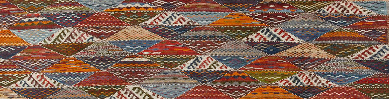 elongated-moroccan-rug-detail.jpg