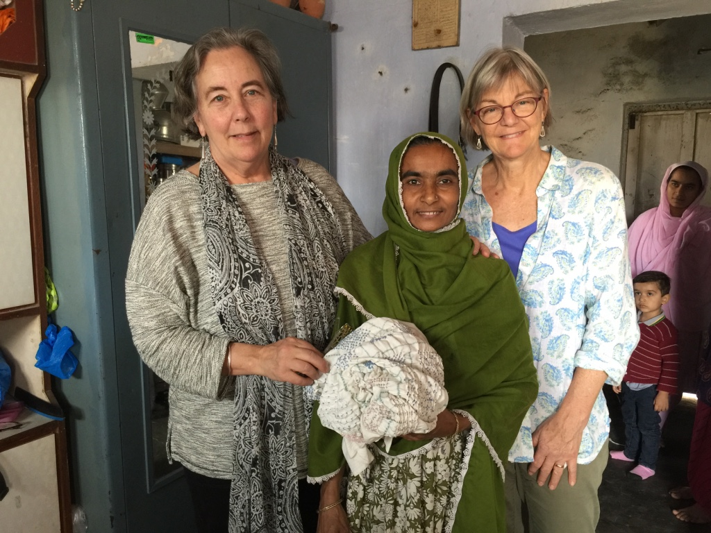 Mary Anne Wise and Jody Slocum meeting a bandhani artisan in Bhuj India