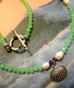Green Sea Shell Necklace - Free Shipping