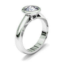 Diamond Single Solitaire 'Majestic' Engagement Ring