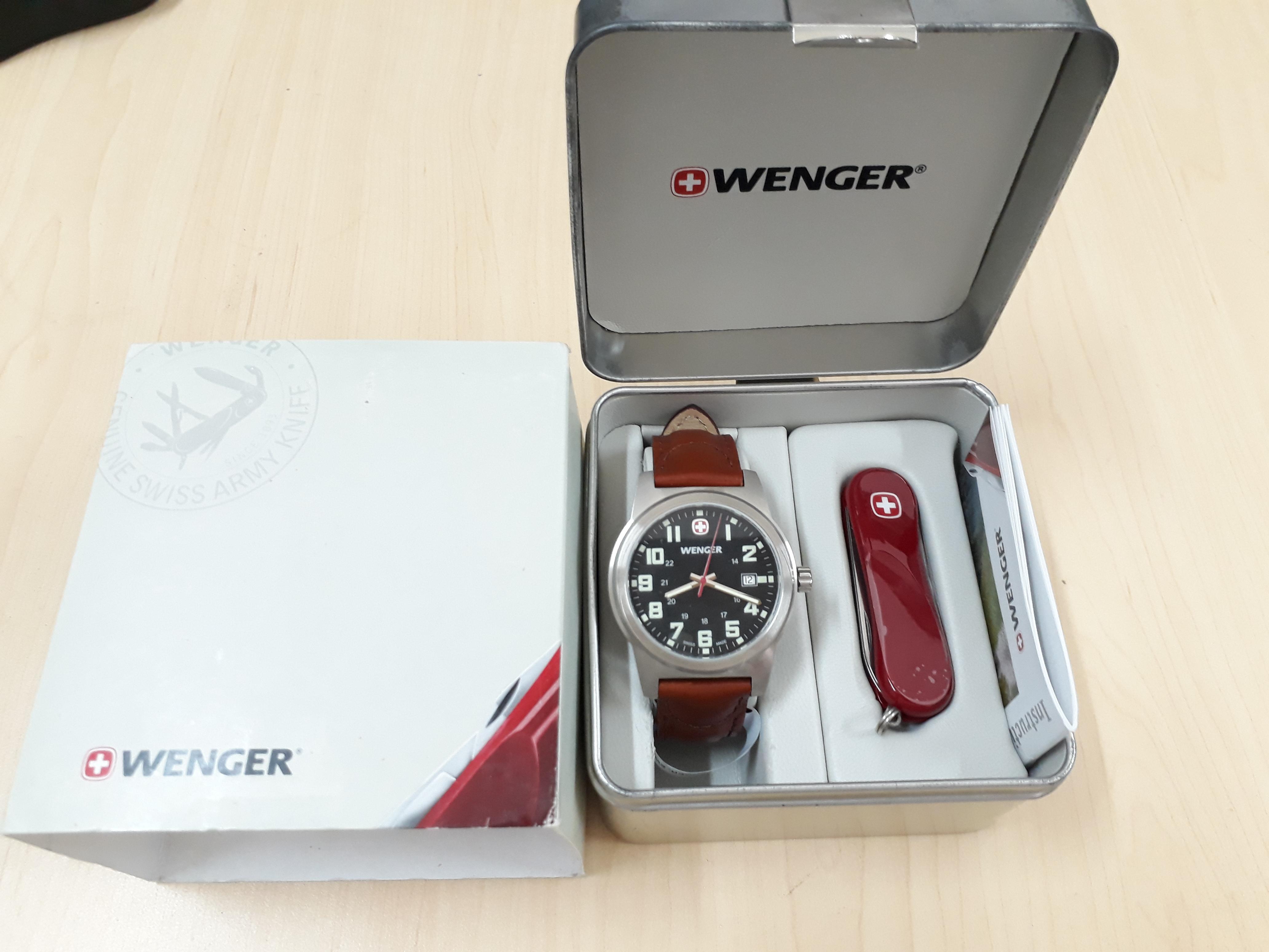 Bộ đồng hồ và dao đa năng Wenger Men's 62800