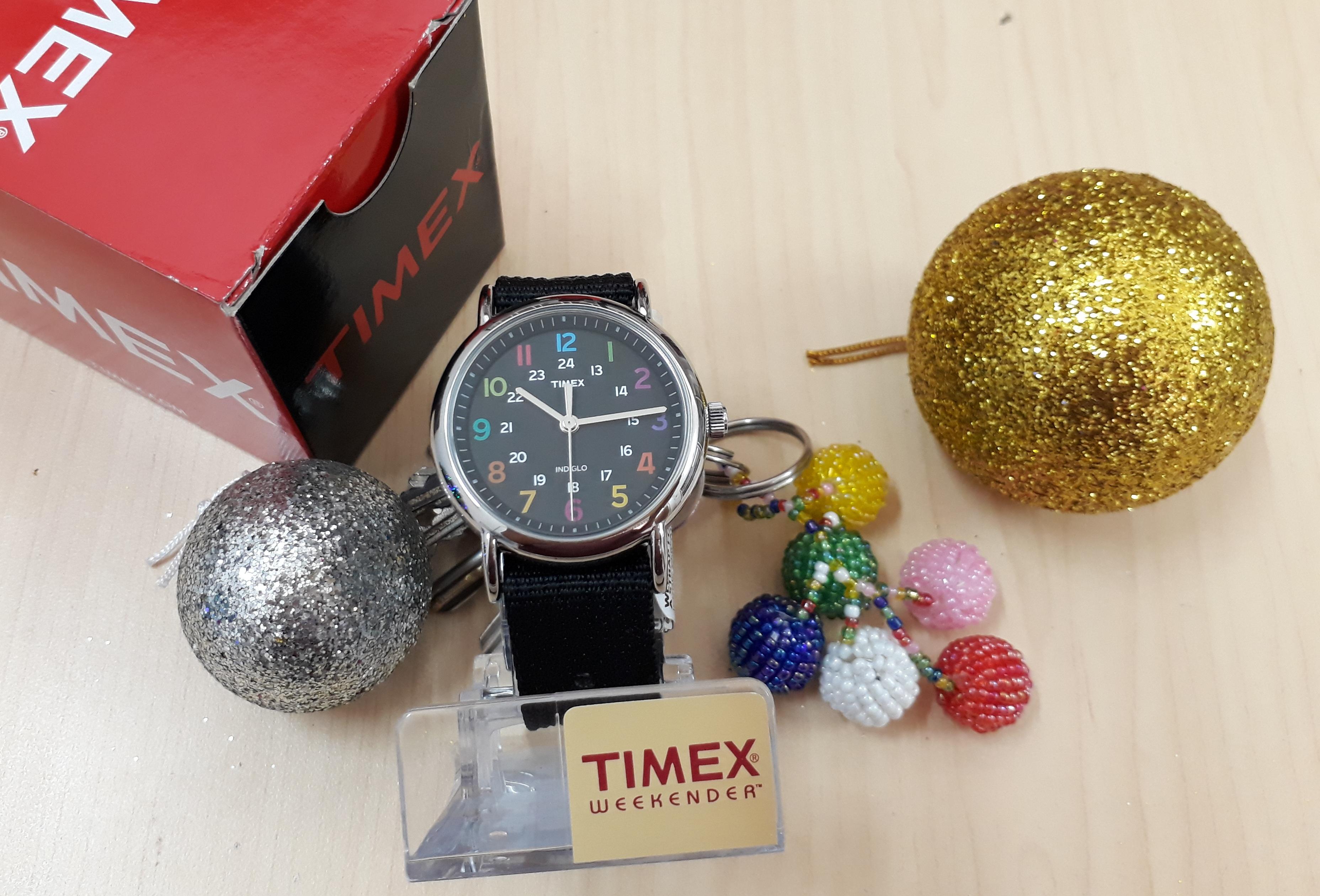Đồng hồ Timex Unisex T2N8559J Weekender