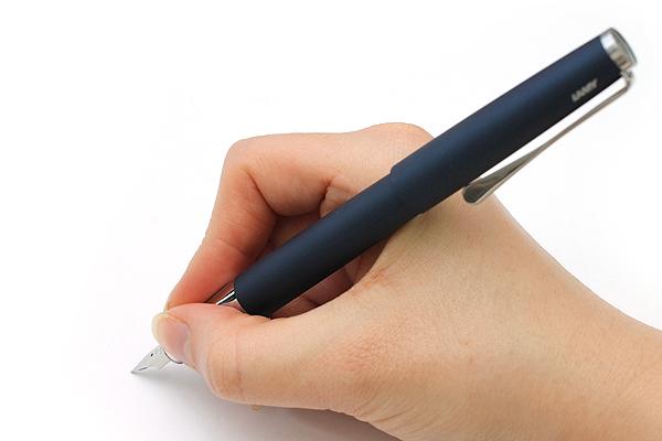 Bút máy Lamy Studio - Màu xanh nhám - Ngòi F - 067