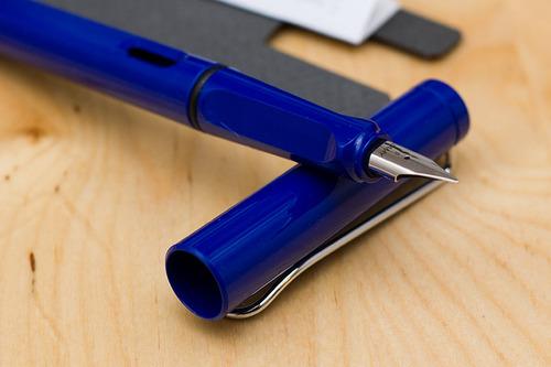 Bút máy Lamy Safari - Màu xanh dương