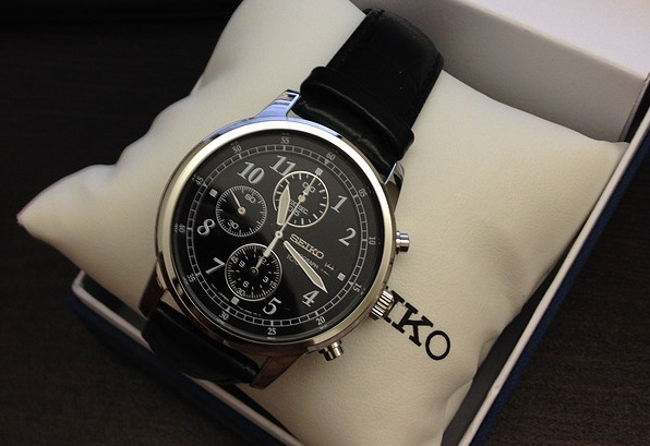 Đồng hồ Seiko SNDC33 Classic Black Leather thanh lịch