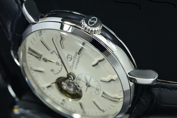 Thiết kế open heart độc đáo của đồng hồ Orient Star WZ0131DK