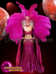 CHARISMATICO Fuchsia costume set with feathered ostrich backpack, mask and sequinned skirt