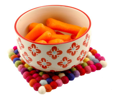unique colorful kitchen accessory trivet hotpad felt ball