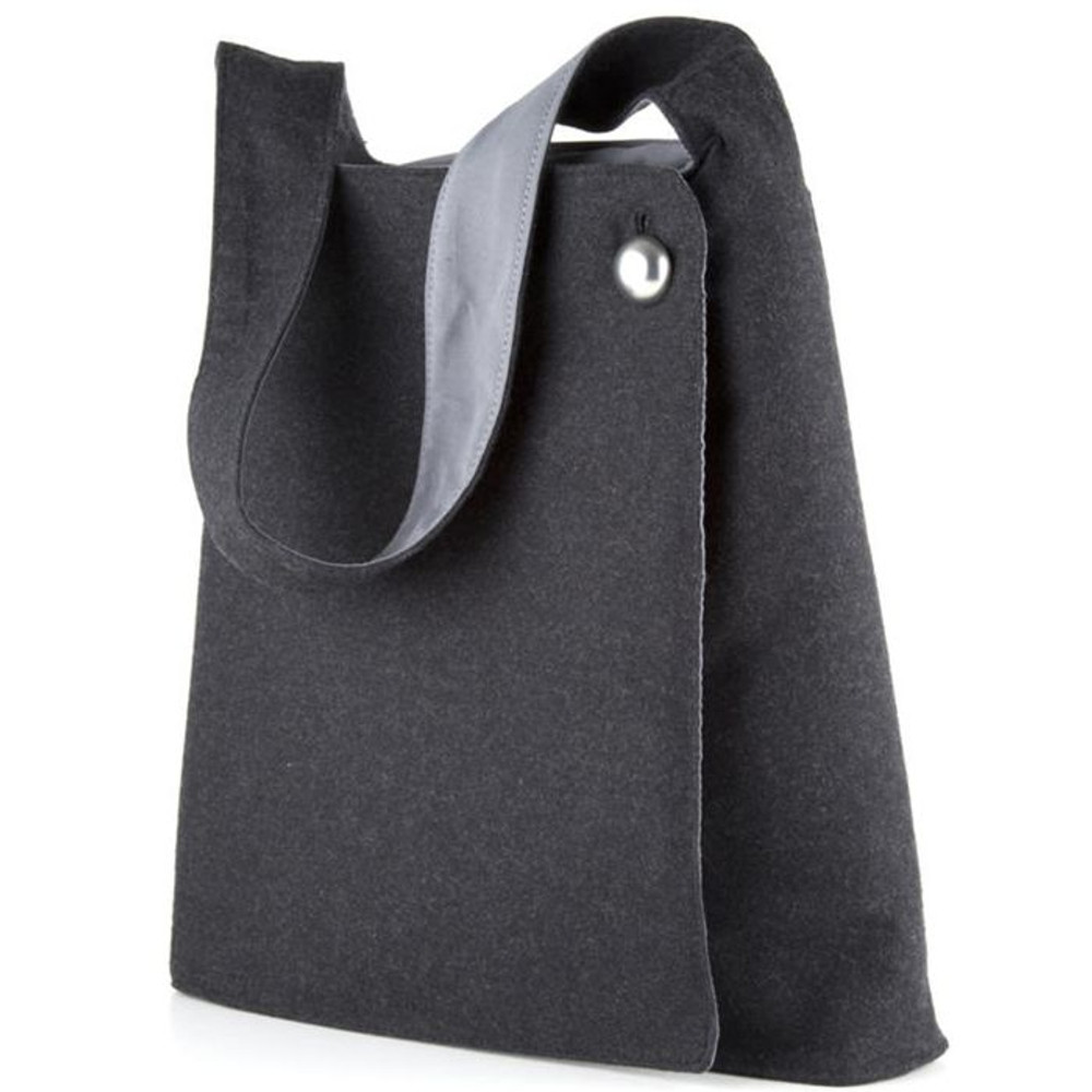 http://d3d71ba2asa5oz.cloudfront.net/12015324/images/speck-a-line-bag-black-grey-2__10545.jpg