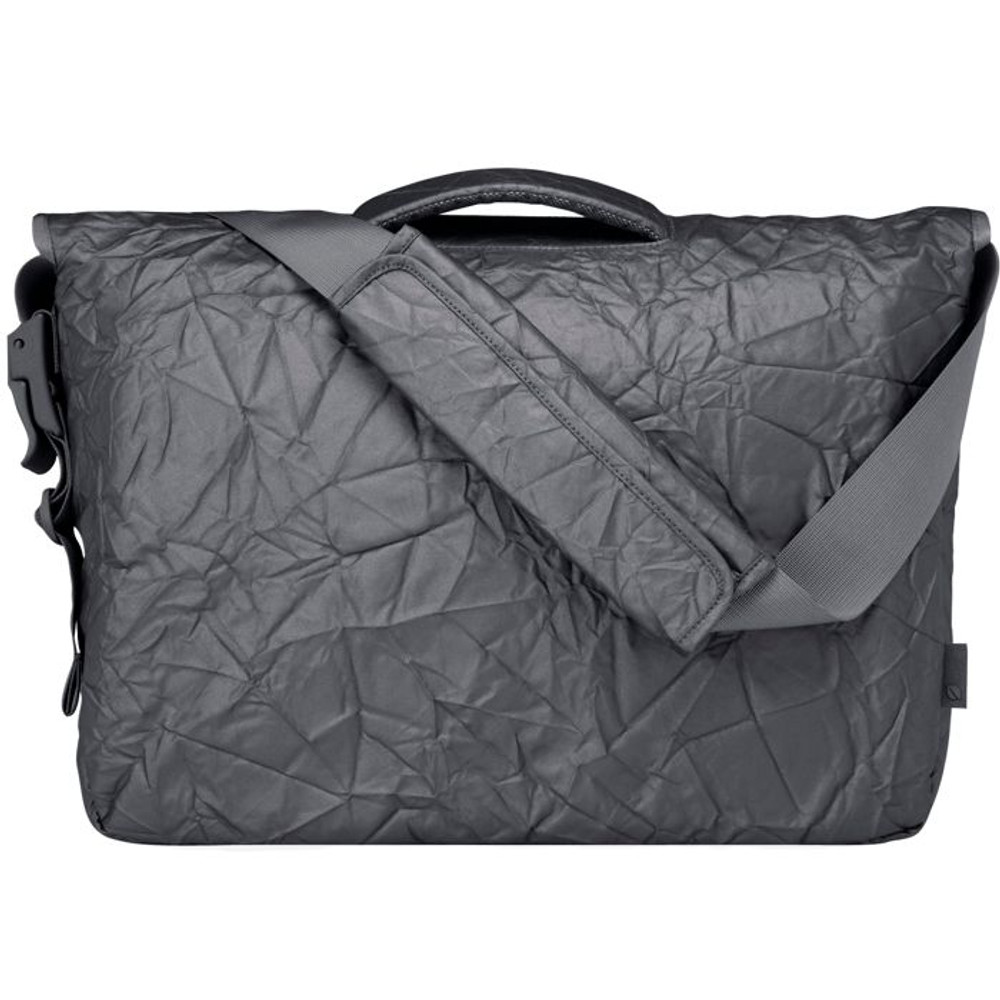 http://d3d71ba2asa5oz.cloudfront.net/12015324/images/cl55346-incase-alloy-messenger-bag-3__89675.jpg