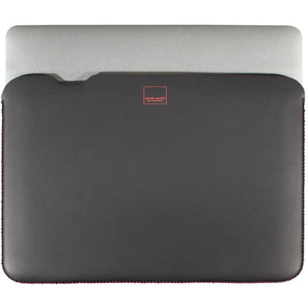 http://d3d71ba2asa5oz.cloudfront.net/12015324/images/acme-made-skinny-sleeve-for-macbook-pro-15__70927.jpg