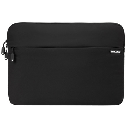 http://d3d71ba2asa5oz.cloudfront.net/12015324/images/cl57480-incase-nylon-protective-sleeve-black-front__75299.jpg