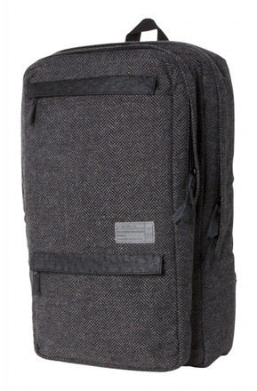 http://d3d71ba2asa5oz.cloudfront.net/12015324/images/sonic_backpack_front__37999.jpg