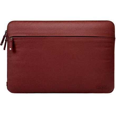 http://d3d71ba2asa5oz.cloudfront.net/12015324/images/cl57694-incase-coated-canvas-sleeve-macbook-13-auburn__37699.jpg