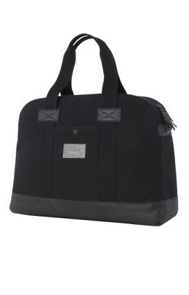 http://d3d71ba2asa5oz.cloudfront.net/12015324/images/hex_gallery_laptop_duffle_bag_black_107384__18104.jpg