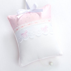 Musical Pillow in Jolie & Honeycomb with Lullaby & French Bow