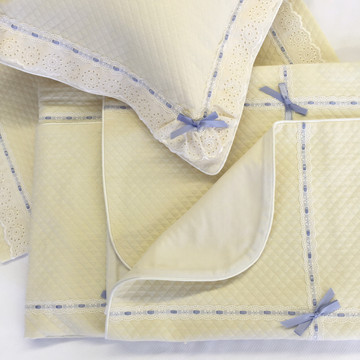 Baby boy bedding set in Honeycomb with Merry-Go-Round & Lullaby