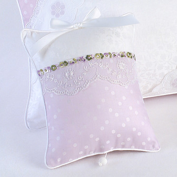 "Musical Pillow in ""Celeste"" & ""Orchidee"" with 'Flora' & 'Blossom Lace'"