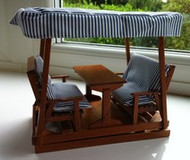Double Glider With Table