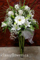 reception centerpiece with white flowers