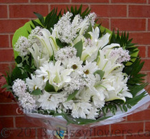 Medium size round bouquet