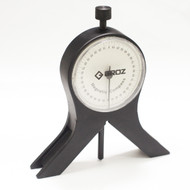 MAGNETIC CENTRE FINDER AND PROTRACTOR