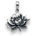 Plain Silver Water Lily Pendant 20mm x 15mm 2.2gms.8161
