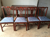 Mahogany Duncan Phyfe Dining Table w/ 4 Chairs