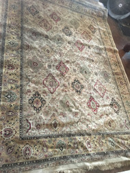 Tan Oriental Rug w/ Diamonds 11'x8'