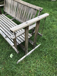 5Ft wooden porch rocker