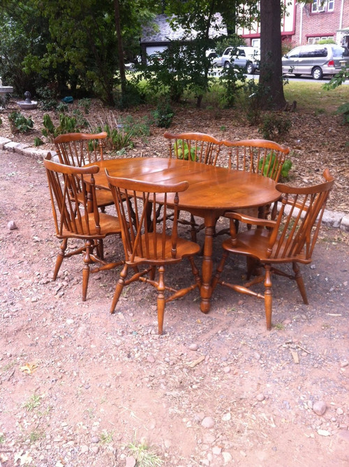 Hitchcock Style Solid Maple Dining Set By Moosehead Of