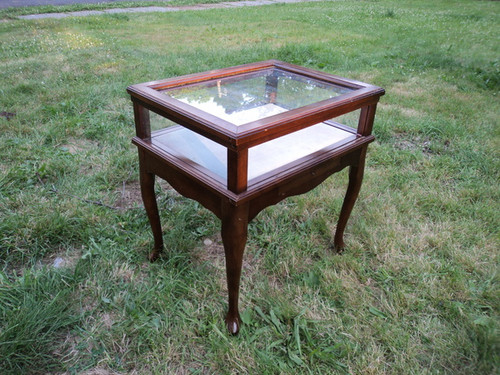 Bombay Cherry Queen Anne Curio End Table Forgotten Furniture