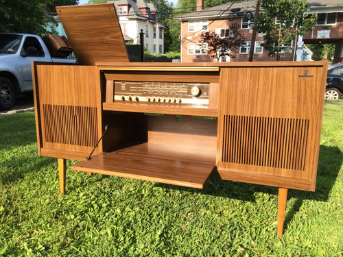 Mid century modern grundig hi fi stereo credenza for Mid century modern furniture hawaii