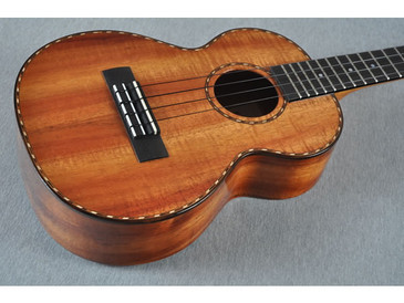 Kamaka Tenor Deluxe Ukulele HF-3D Includes Case - 142776