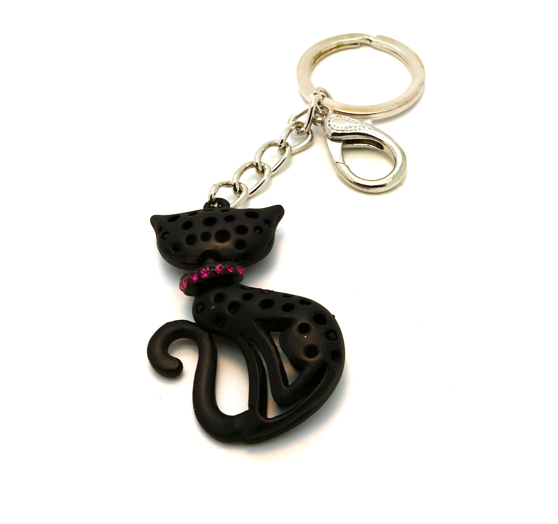black-cat-back-red-collar.jpg