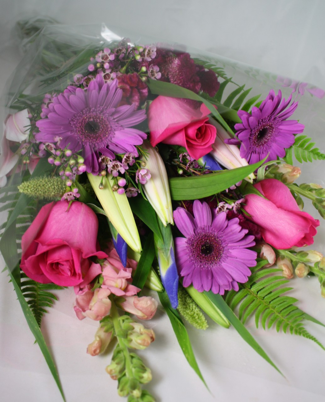 Buy The Bunch Of Spring Flowers Belvedere Flowers Of Havertown Pa
