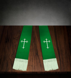 Clergy Stole Green Satin with White Cross