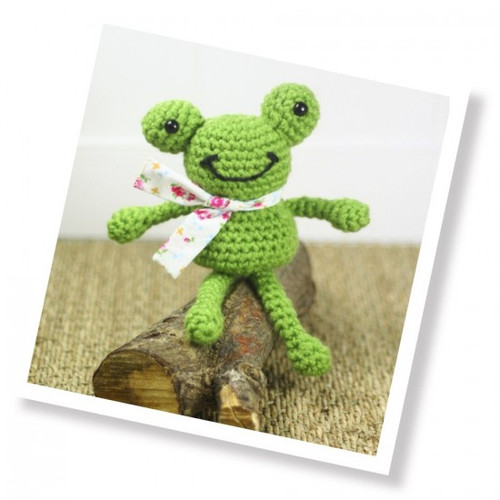 Frankie Frog Crochet Kit (CKC-CK-042)