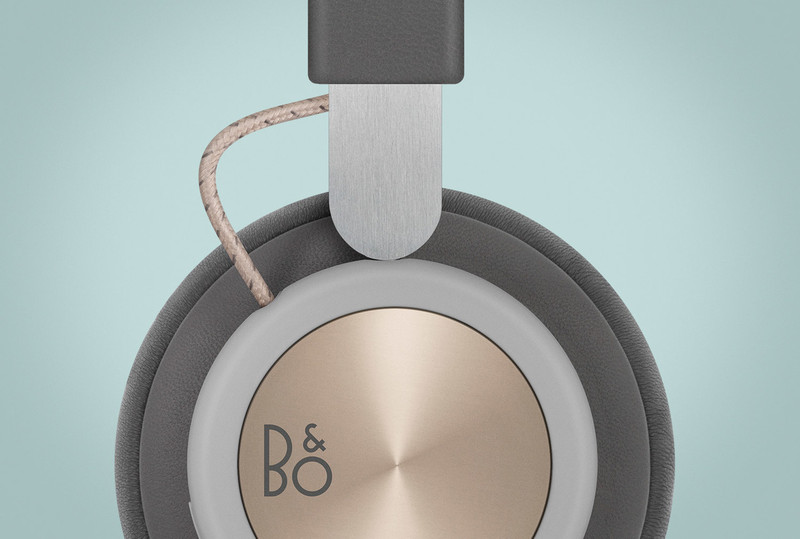 Beoplay H4 close up of aluminum headband