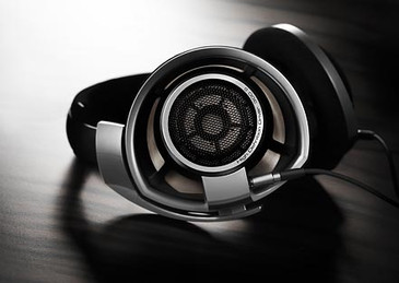 Sennheiser HD800, reference, top reviewed headphones, over ear, full size, in Canada at Headphone Bar