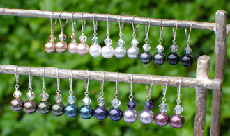 Pearl Drop Earrings Top row (left to right): Bronze, Powder Almond, White, Light Gray, Dark Gray, Mystic Black Bottom row (left to right): Brown, Dark Green, Tahitian Look, Dark Purple, Mauve, Burgundy