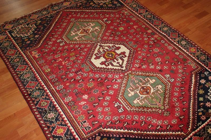 2.1-persian-qashgai-rug.jpg