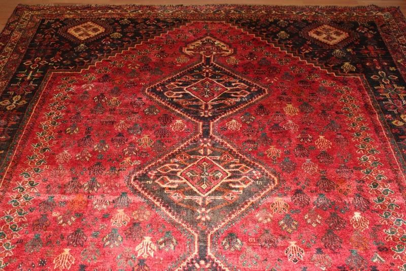 persian-qashgai-rug-1-1-.jpg