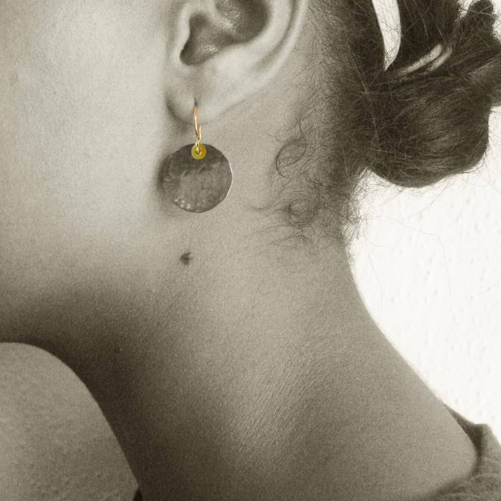 disquette 3 pebble - 3/4'' earrings
