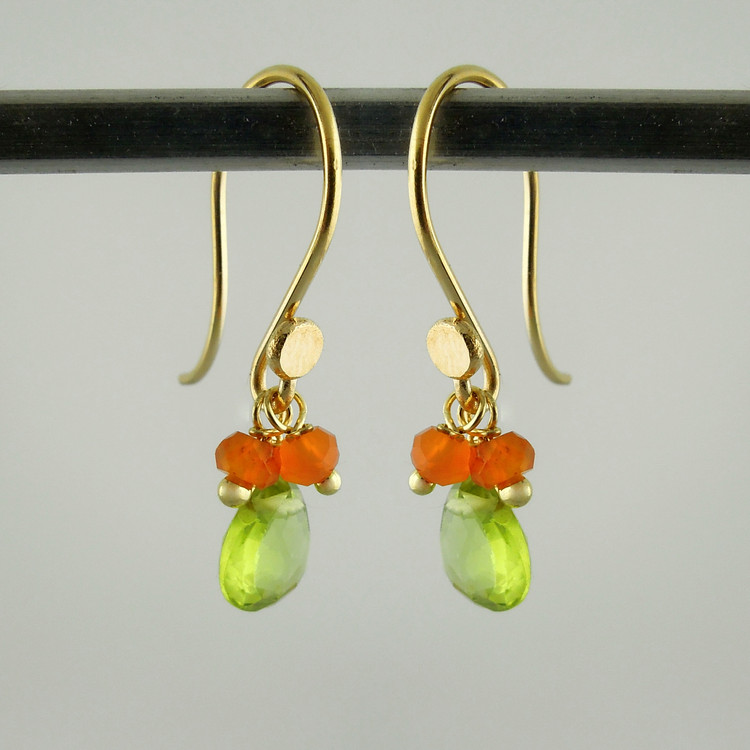splish splash - peridot/carnelian18kt ER