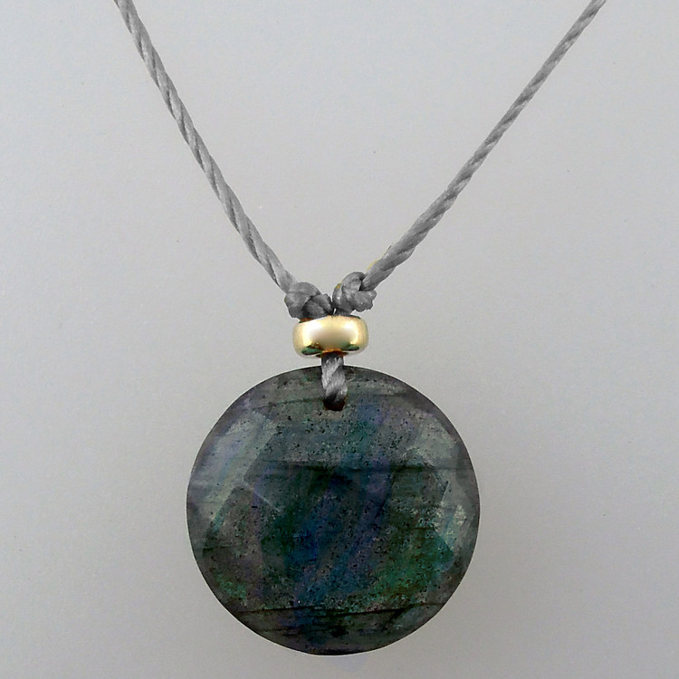 solo luxe coin - labradorite 12mm front drill